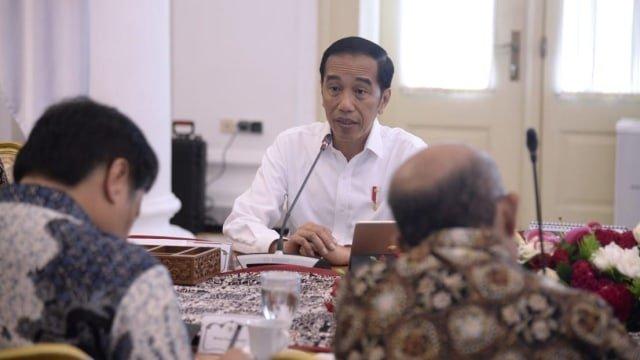 Pertama di Indonesia, 2 Orang Positif Corona