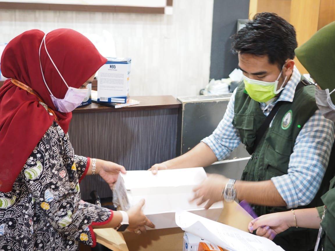 RS Syafira Pekanbaru Terima APD dan Suplemen dari Gerakan Peduli Tenaga Medis