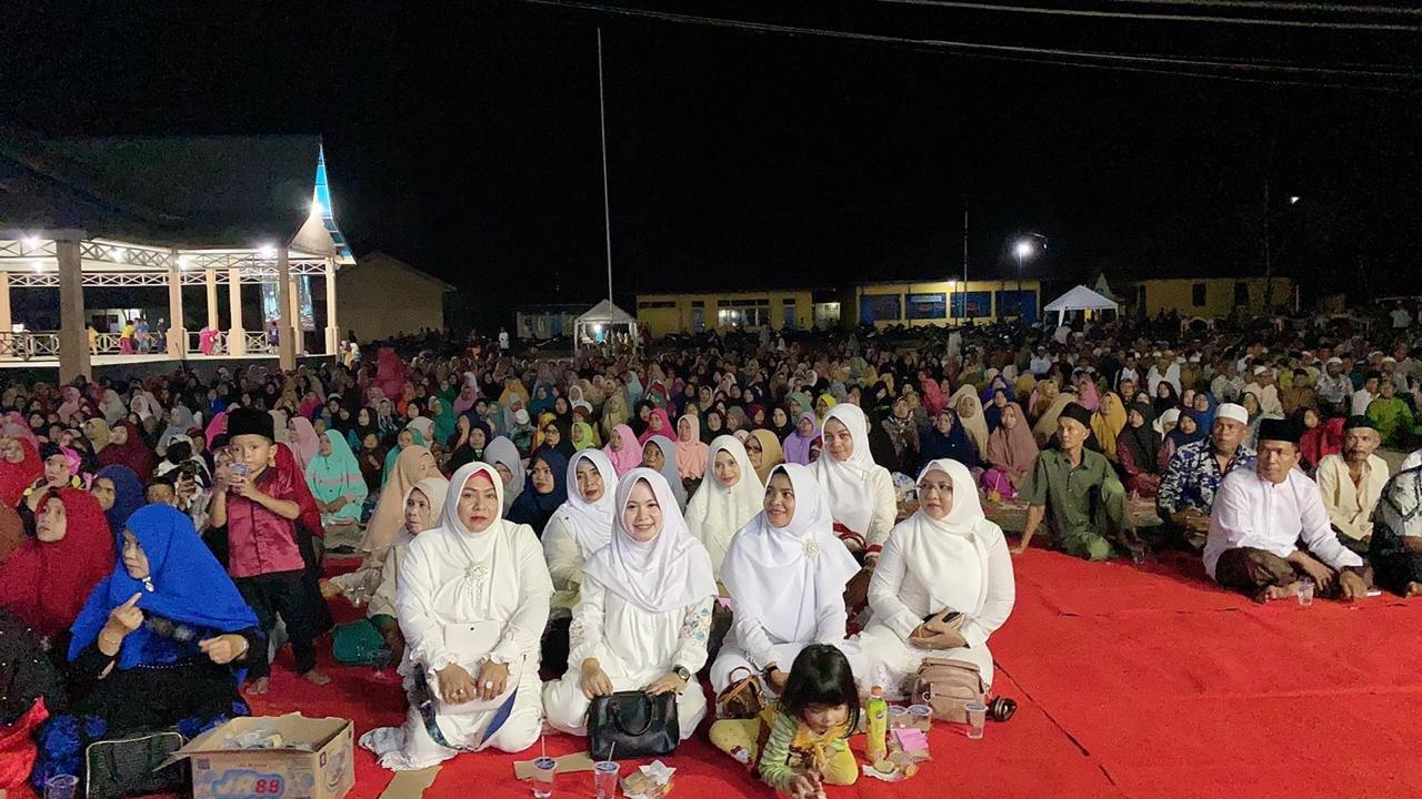 Ribuan Masyarakat Hadiri Acara Isra Mi'raj di Halaman Mapolsek Gaung Anak Serka